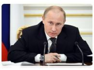 Владимир Путин пересадит российских чиновников на отечественные автомобили