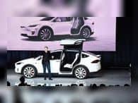 Акции Tesla подешевели на фоне начала расследования против Илона Маска