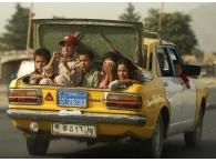Такси-гувернер: служба сопровождения детей