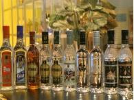 Производители крепкого алкоголя попросили президента заморозить акцизы