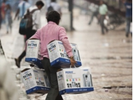 Индия столкнулась с самым сильным кризисом с 1991 года