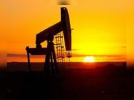 США впервые за 18 лет добыли больше нефти, чем импортировали