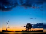 Инвестиционный гуру Уоррен Баффет вложил 1 млрд долларов в ветроэнергетику