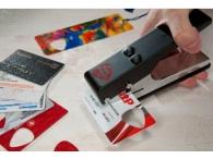 Устройство для производства медиаторов из пластиковых карт