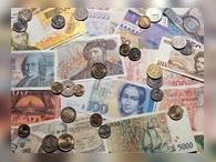 В марте россияне установили рекорд по закупке валюты