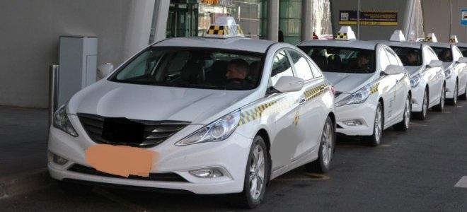 2Стоянка машин Такси